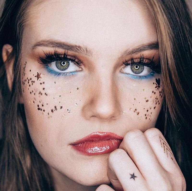 Metallic Flashy Freckles Face Temporary Tattoo- Orange & Gold Stars image number null