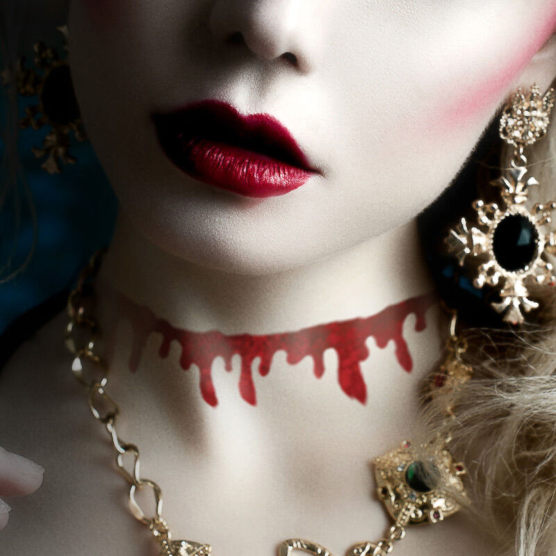 Bloody Choker Costume Tattoo image number null