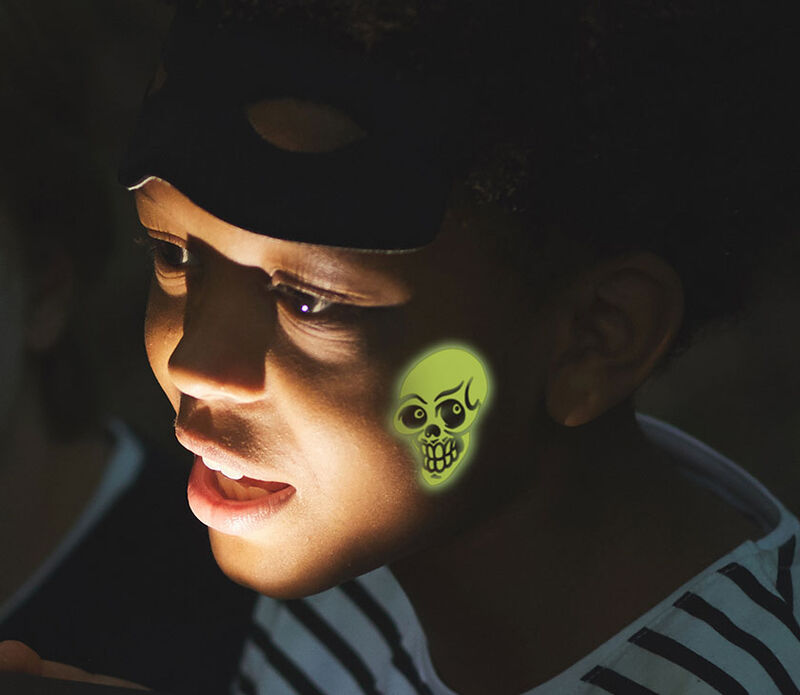 Glow In The Dark Skull Temporary Tattoo image number null